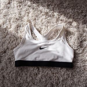 Nike Girls Sports Bras